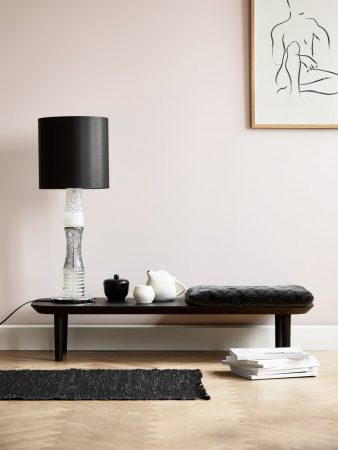 Image of Lindebjerg Design Color T20 table in a rosa colored dining room with interior